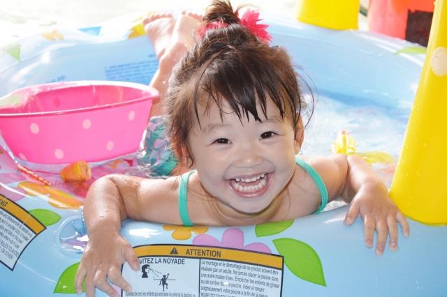 赤ちゃん 水遊び
