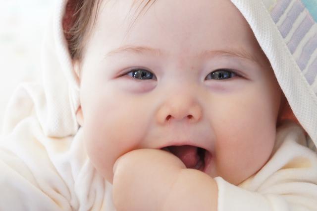赤ちゃん 目やに